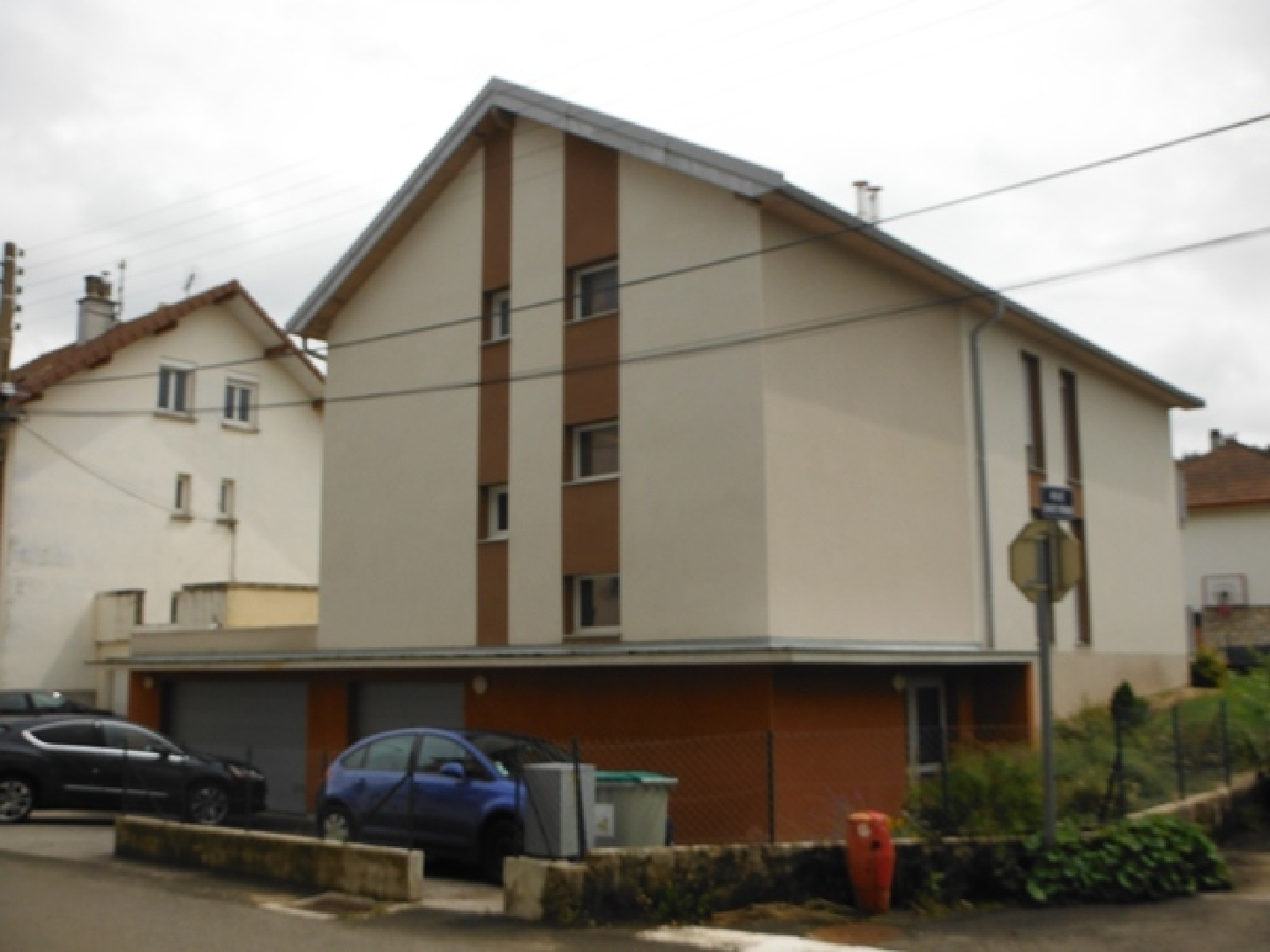 Location appartement bel f4 de 82 m avec garage et for Garage ford pontarlier 25300